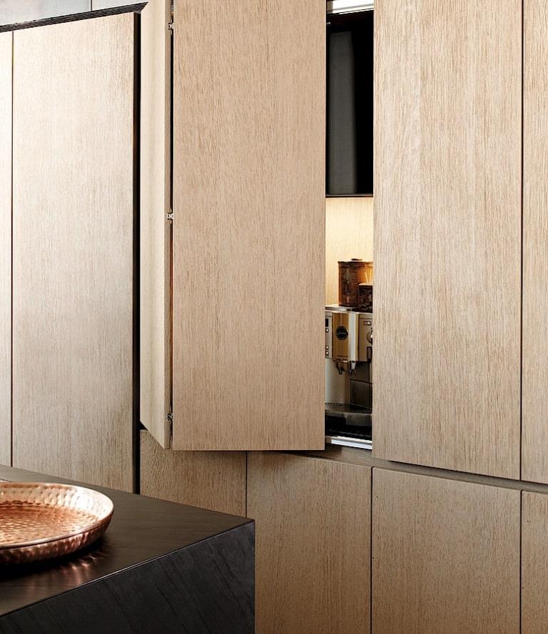 Système d'ouverture en bois pour cuisine